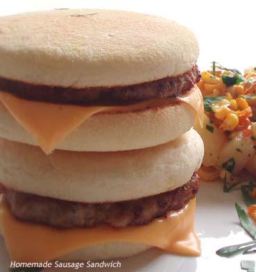 意外と簡単!新鮮でジューシーな「手作りソーセージ・サンドイッチ」by:HOMARYさん