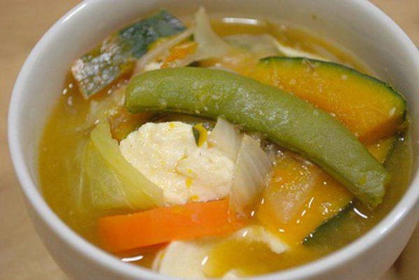 野菜たっぷり!食べる☆具沢山味噌汁 byごはんとおかしさん