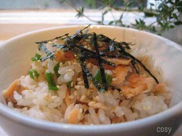 鮭の簡単混ぜ寿司by:イクコさん