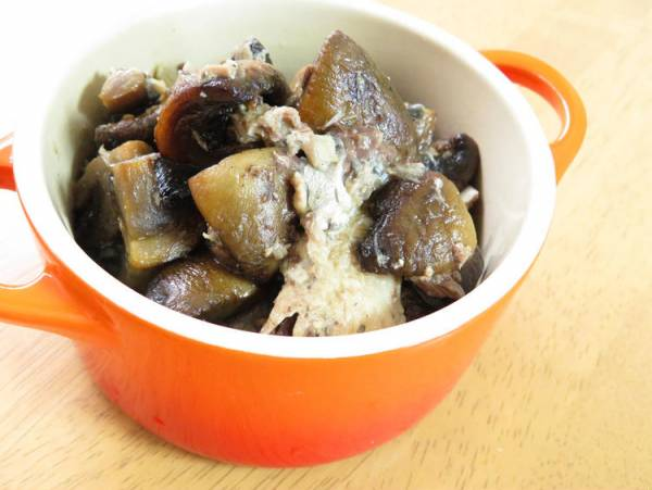 (サバの水煮缶とマッシュルームのアヒージョby:kaana57さん)