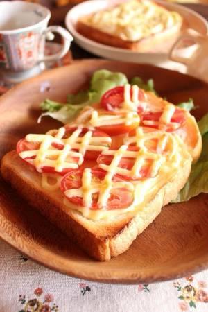 トマトとチーズさえあれば<トママヨチーズトースト> by:はーい♪にゃん太のママさん