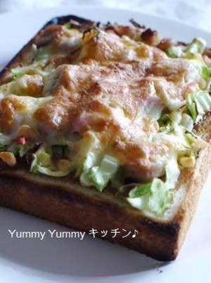 お好み焼き風ピザトースト♪by :ゆみぴいさん