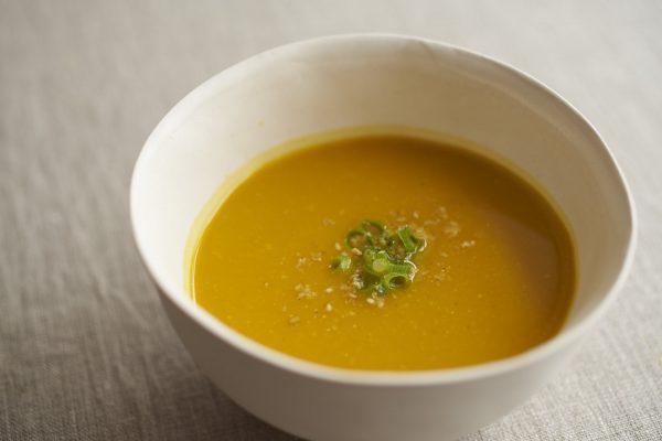 乳製品を使わず簡単♪「かぼちゃのごま味噌スープ」