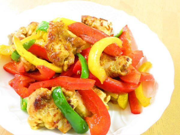 鶏肉とピーマンのカレー炒め☆お弁当にも♪by:kaana57さん