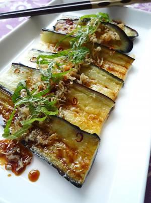 1行レシピ♪茄子のカリカリジャコのせ生姜醤油かけby:machiさん