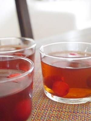 朝のデザートに☆紅茶とさくらんぼのゼリーby:Mitsuru Kitaokaさん