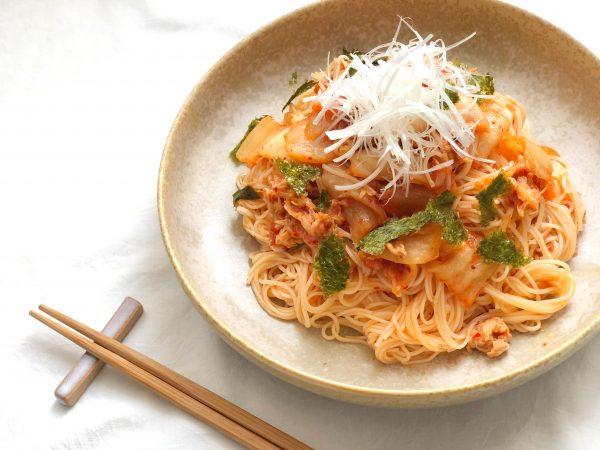 夏の余ったそうめんで!簡単おいしい「ツナキムチ和え麺」