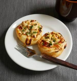 冷凍パイシートで楽ちん♪のせて焼くだけで簡単「オニオンパイ」