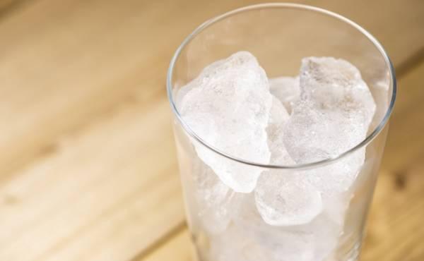 が 理由 氷 なる 食べ たく