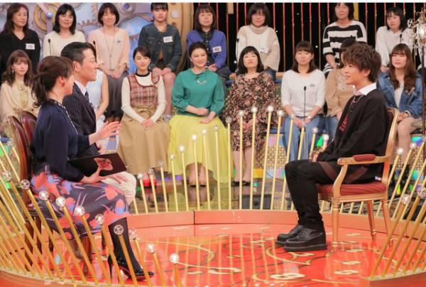 「1周回って知らない話 」-(C)日本テレビ