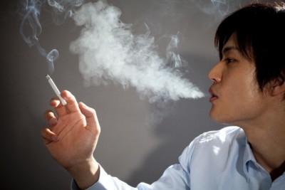 喫煙マナー守ってよ! タバコを吸わない人への配慮がないと感じる瞬間8