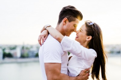 reviews finding foreign wife