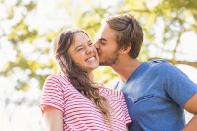幸せっ! 彼女が大好きすぎる彼氏の特徴と行動7つ