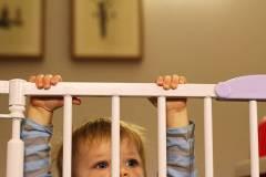 赤ちゃんの安全を守るためのベビーゲート 選び方とおすすめ15選