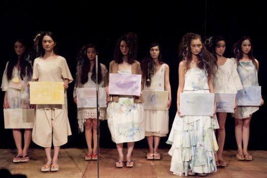 furfur2013年春夏コレクションは、水彩画アーティスト植田志保とのコラボレーション