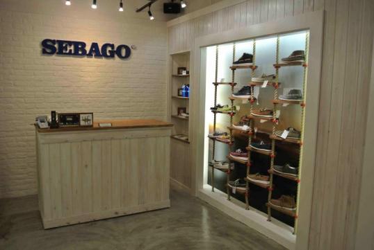 レザーブランド「SEBAGO(R)」オンリーショップが日本に初登場