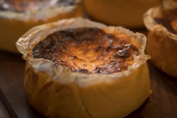 バスクチーズケーキ専門店「ガスタ(GAZTA)」白金に日本初上陸