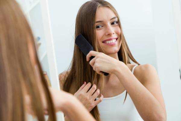 10 أسباب شائعة لتساقط الشعر