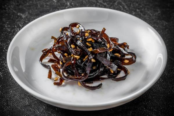 海藻にはミネラルと食物繊維が豊富