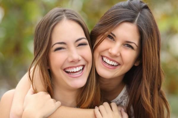 笑顔とポジティブなエネルギー