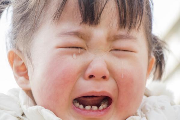 仮病じゃないの?子どもの体調不良の訴え、親はどう捉えるべきかの画像