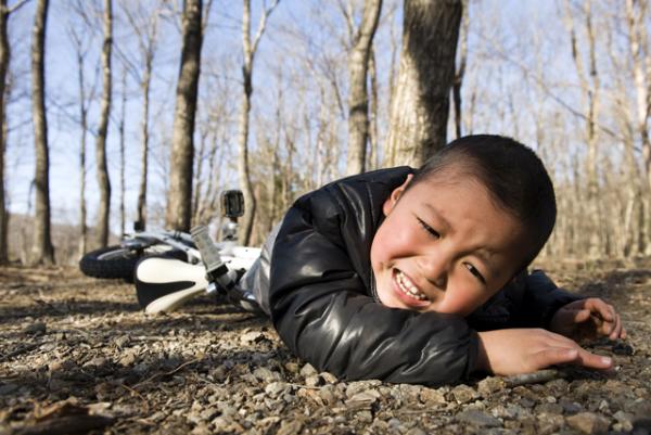 何度も椅子から落ちる息子が「発達性協調運動障害」と診断されるまでの画像