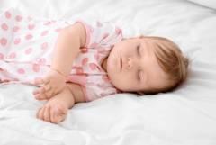 赤ちゃんのために重視するポイントは? おすすめのベビー布団11選