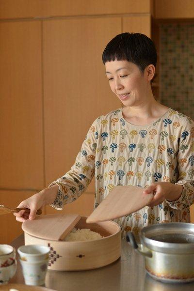 五感を大切に、必要なものを選ぶ - 作家・小川糸さんに聞く、シンプルな暮らしをするヒント<後編>