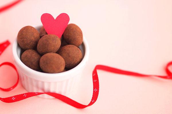 友義理本命チョコ簡単に作れるバレンタインチョコレシピ E