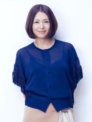 デビュー35周年記念ベストアルバム『コイズミクロニクル』を発売する小泉今日子