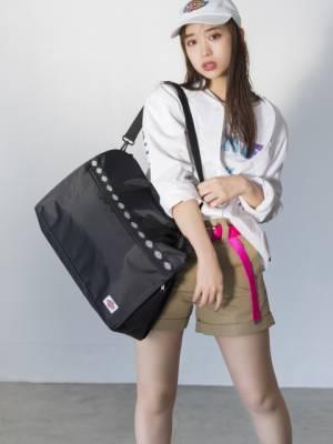 『Dickies BIG BOSTON BAG BOOK』でモデルを務めた森川葵