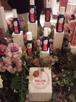 ワイルドローズのリッチな香りにうっとり。発表会会場は美しい花がいっぱい♪