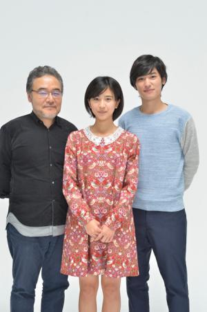 左から、岩松了、黒島結菜、堀井新太撮影:柴田和彦