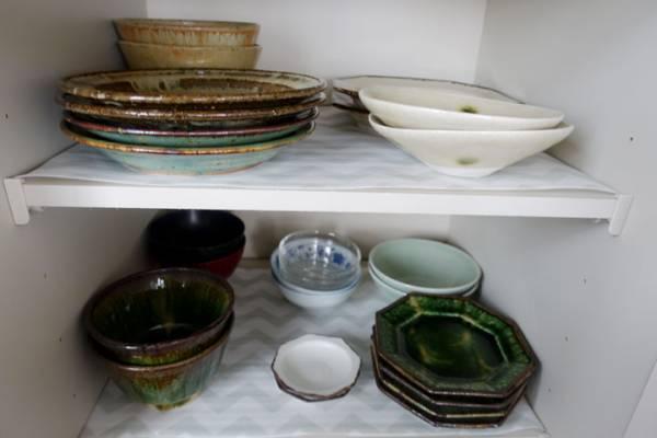 セリア食器棚シート「ギザギザ」実例