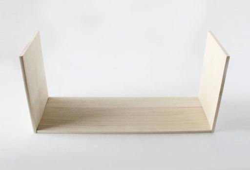 凹型の木材