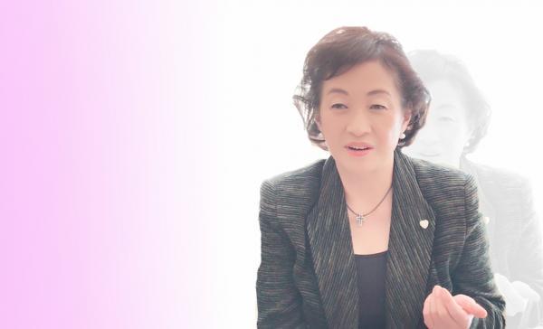 産婦人科医・対馬ルリ子先生インタビュー 全5回vol2〜女性ホルモンのピークは20~30代! 無駄にしないための婦人科検診を