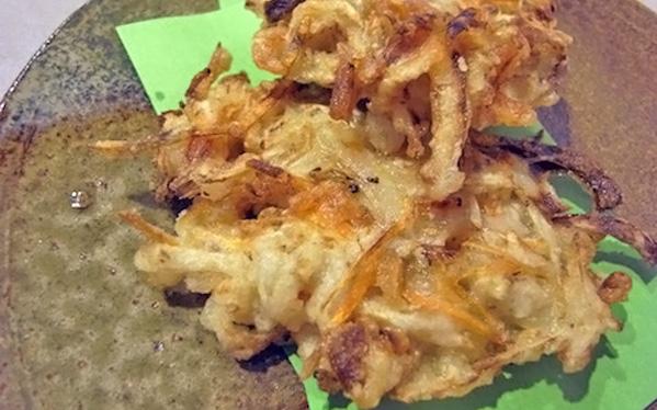切り干し大根と冷蔵庫の残り野菜で作る、簡単かき揚げ
