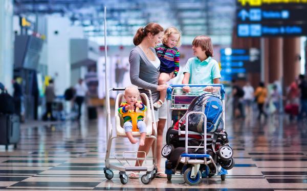 小さな子どもと一緒でもママも、楽しめる海外旅行の準備や楽しむコツを紹介します