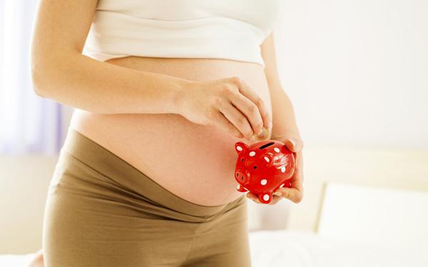 どんな人がいくらもらえる? 出産手当金の概要を知りたい!