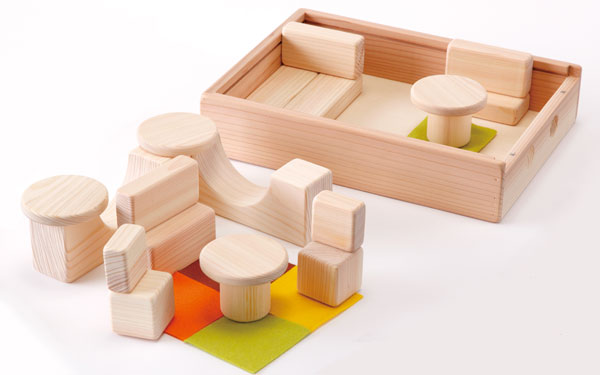 【東京おもちゃ美術館おすすめ】親子で夢中になれる 1歳〜1歳半のおもちゃ5選