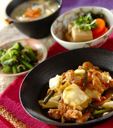 豚肉 と キャベツ の 炒め 物