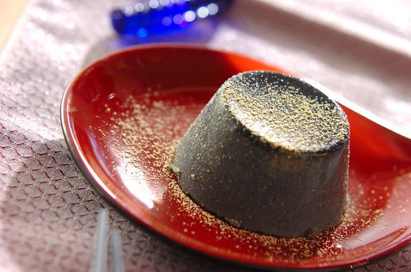 きな粉がけ黒ゴマプリン
