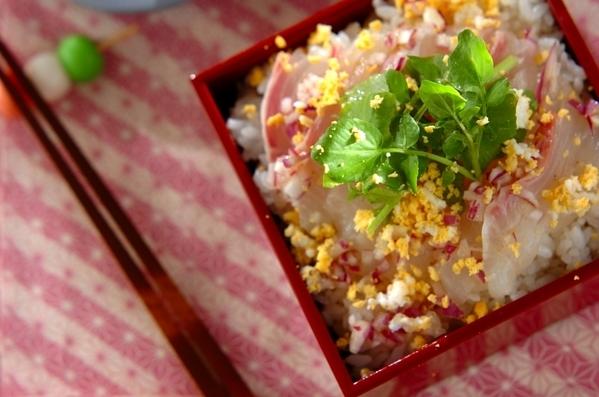 今日の献立は「鯛のミモザ風ちらし寿司」