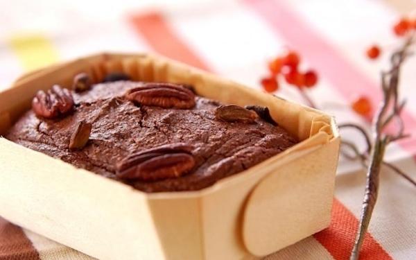 ほろ苦さとしっとり食感がたまらない、チョコレートパウンド