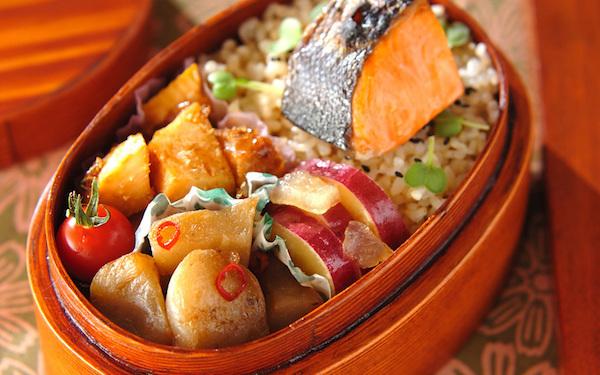 春らしさを感じる、鮮やかで食欲がわくお魚のお弁当