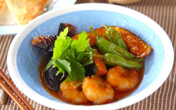 プリプリ食感がたまらない、エビと夏野菜の揚げ南蛮