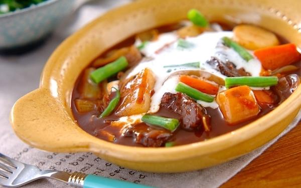 レストランの味を自宅で味わえる、本格的なビーフシチュー