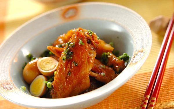 コラーゲンたっぷり、簡単にできる手羽先の焼き肉ダレ照り煮