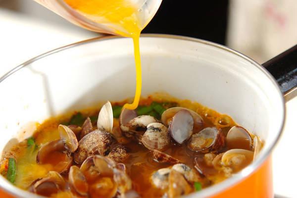 白ご飯がどんどん進む! 「アサリのキムチスープ」