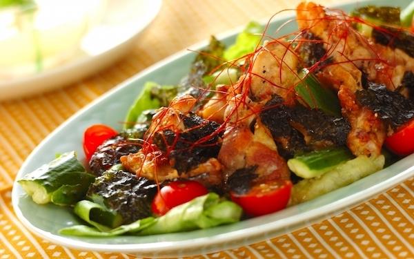 お肉と野菜がたっぷりで大満足! チョレギサラダ